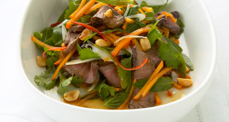 Persimmon-Thai-Beef-Salad