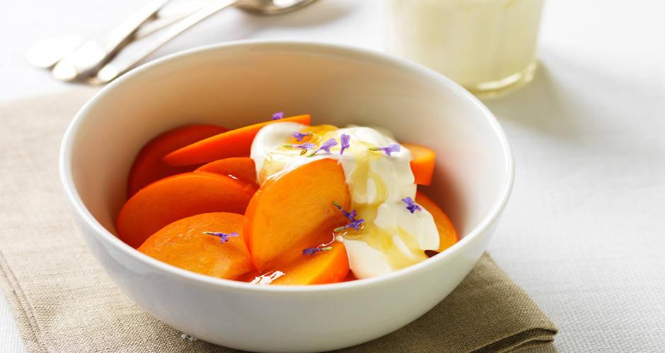 Persimmon-with-Honeyed-Yoghurt